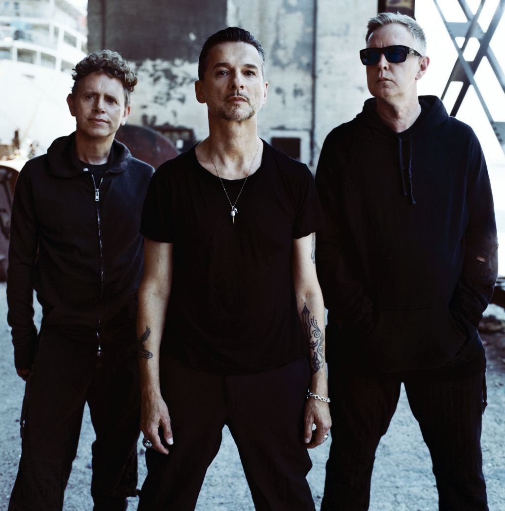 depeche-mode-photo_3_color_-_photo_credit_anton_corbijn1-111930586